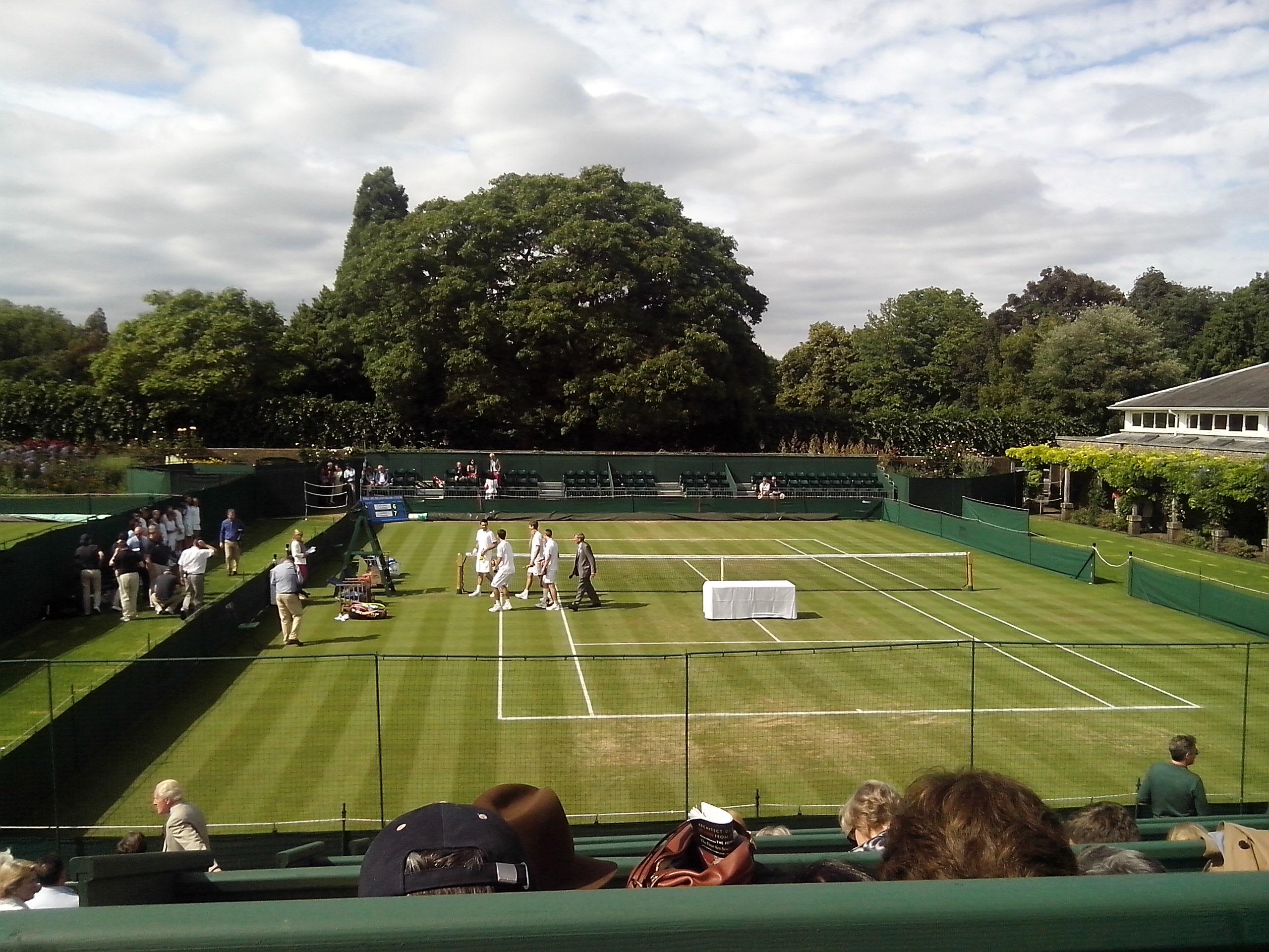 Tennis elbow at Wimbledon